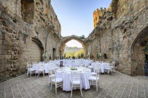 Ex monastery wedding in cloisters and catholic church. Accommodation for 100 people. La Badia Orvieto Umbria