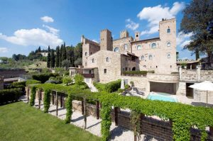 Castello Monterone in central Italy for a wedding in a castle