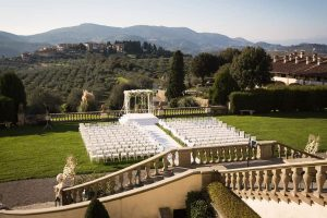 Large wedding venues in Italy for Indian weddings. Destination Indian weddings in Italy with an Indian wedding planner