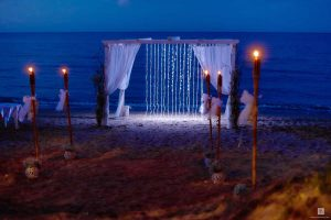 As wedding stylists we design beach wedding settings in Abruzzo, Rome coast, Marche and Puglia