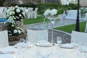 white wedding flowers dining castle wedding venue Castello di Septe