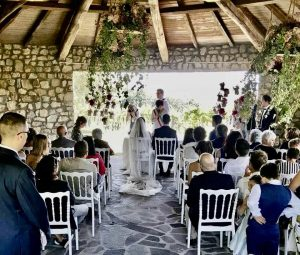 legal wedding ceremony garden Tenuta Qurece Grosse Italy
