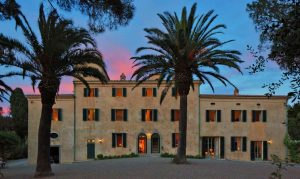 Private villas and exclusive hire of wedding venues in Umbria, Tuscany, Abruzzo, Puglia Sorrento