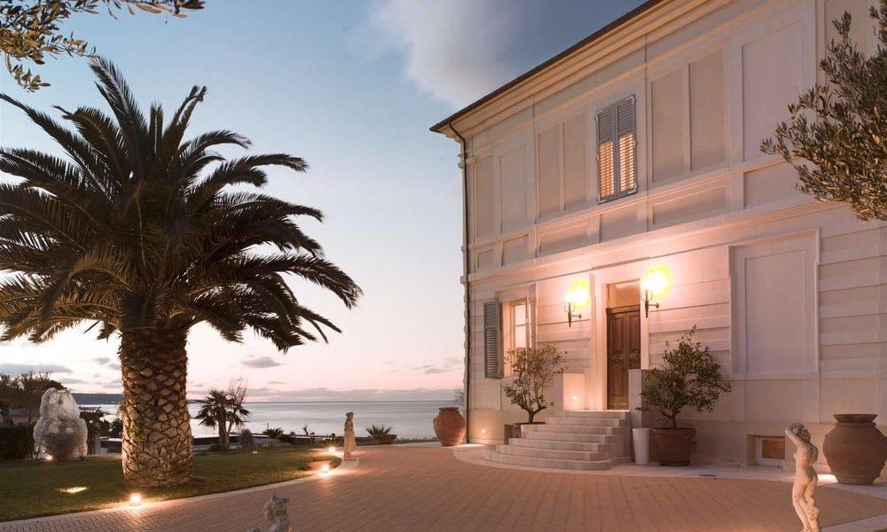 Villa sea view Adriatic coast Abruzzo Italy