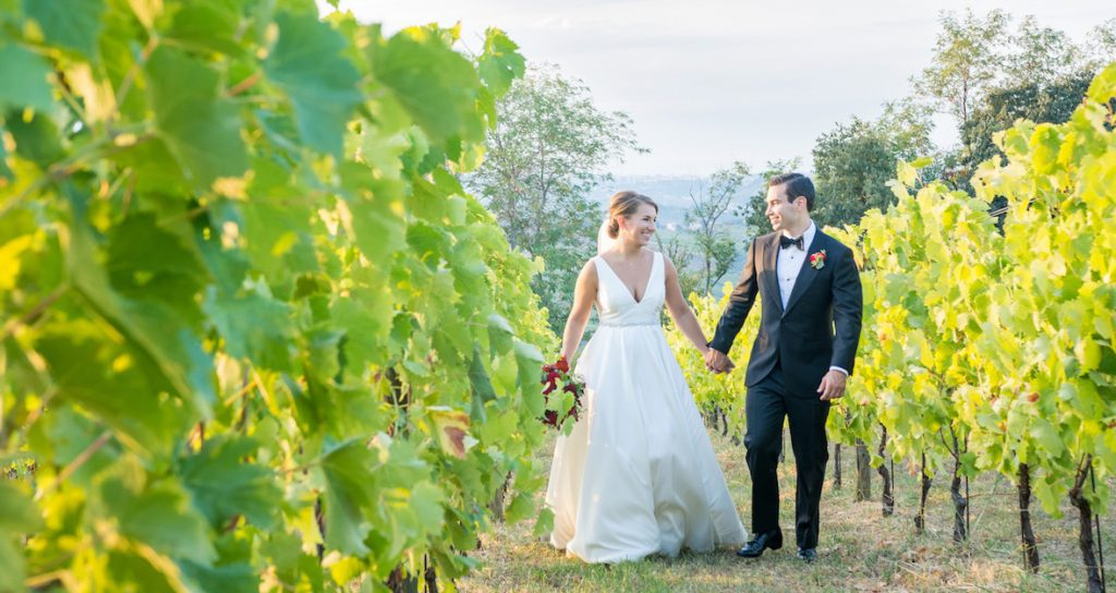 wedding couple in vineyard venue Abruzzo Italy