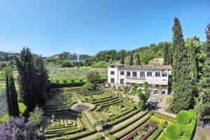 Wedding venue exclusive hire with bedrooms Villa Merlo Nero Florence Italy