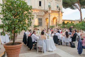 Villa for weddings in Rome at Villa Aurelia: A wedding banquet in the gardens