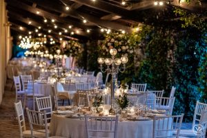 Outdoor garden wedding reception - Villa Piccolomini